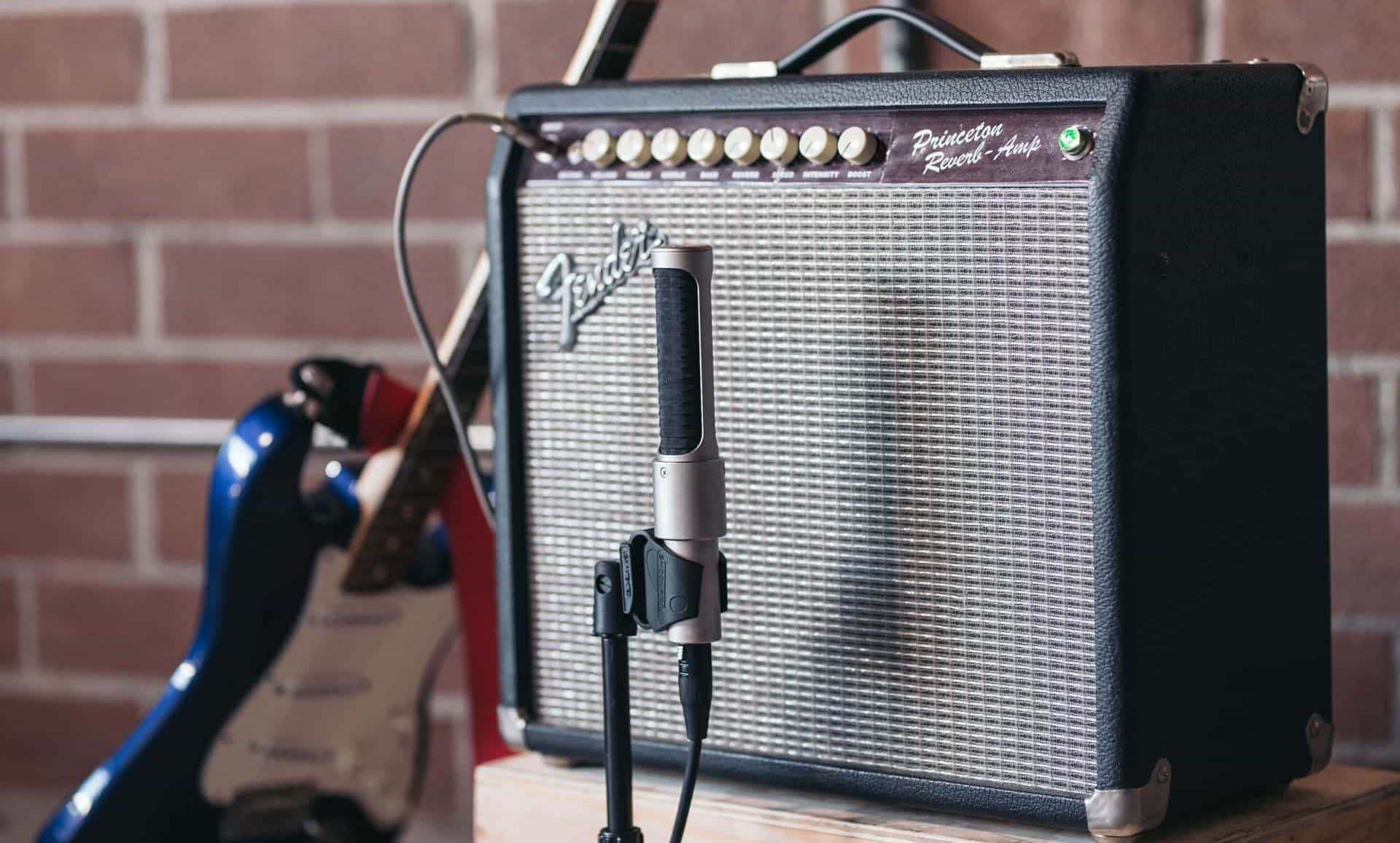 How To Mic a Acoustic Guitar Amp for Live Sound
