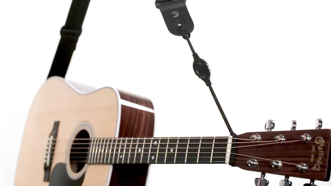 IF YOUR GUITAR ONLY HAS A SINGLE STRAP BUTTON