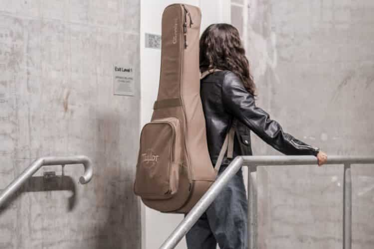 Best Acoustic Guitar Gig Bag