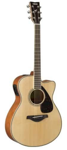 Yamaha FSX820C