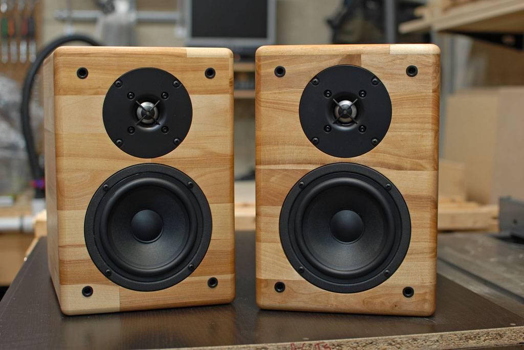 2 way speaker - 2 way vs 3 way speakers
