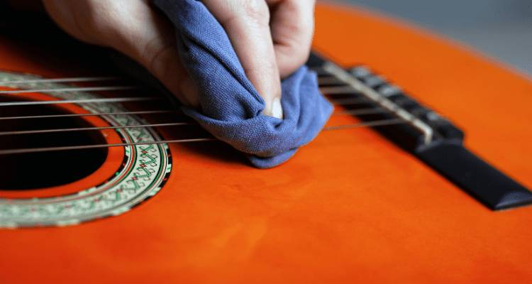 clean guitar - HOW TO STRING A GUITAR